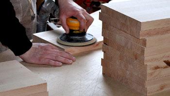 charpentier au travail
