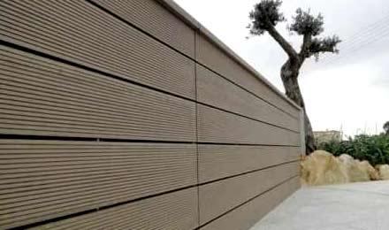 clôture en bois composite
