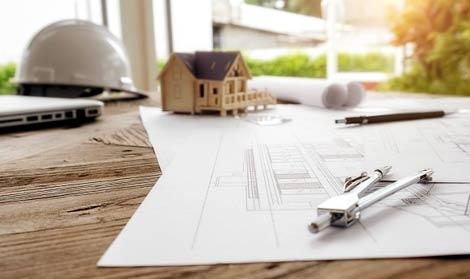 Conception d'un plan par un architecte